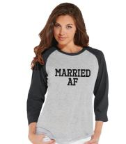 7 ate 9 Apparel Women's Married AF Bride Baseball Tee