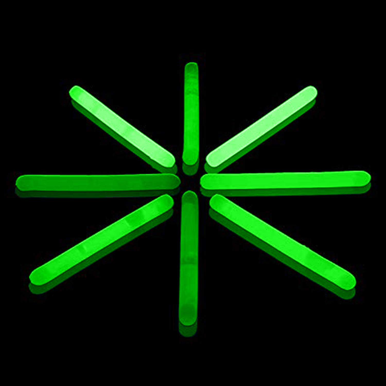 Lumistick 1.5 Inch Fishing Glow Sticks | Bright Color Snap Lights Glowsticks | Neon Mini Light for Swimming | Glow in The Dark Camping Night Party Favor Supplies (Green, 50 Glow Sticks)