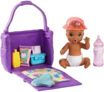 Barbie Skipper Babysitters Inc. Feeding and Changing Playset with Color-Change Baby Doll, Open-and-Close Diaper Bag and 7 Accessories