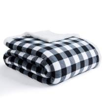"""BEAUTEX Sherpa Fleece Throw Plush Blanket Twin Size, Fuzzy Fluffy Super Soft Cozy Comfy Lightweight Premium Plush Throw Blanket for Couch, Sofa, Bed, Car for All Seasons (Black Plaid, 60"""" X 80"""")"""