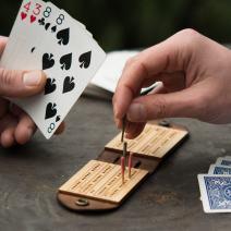 Walnut Studiolo Cribbage Board Game