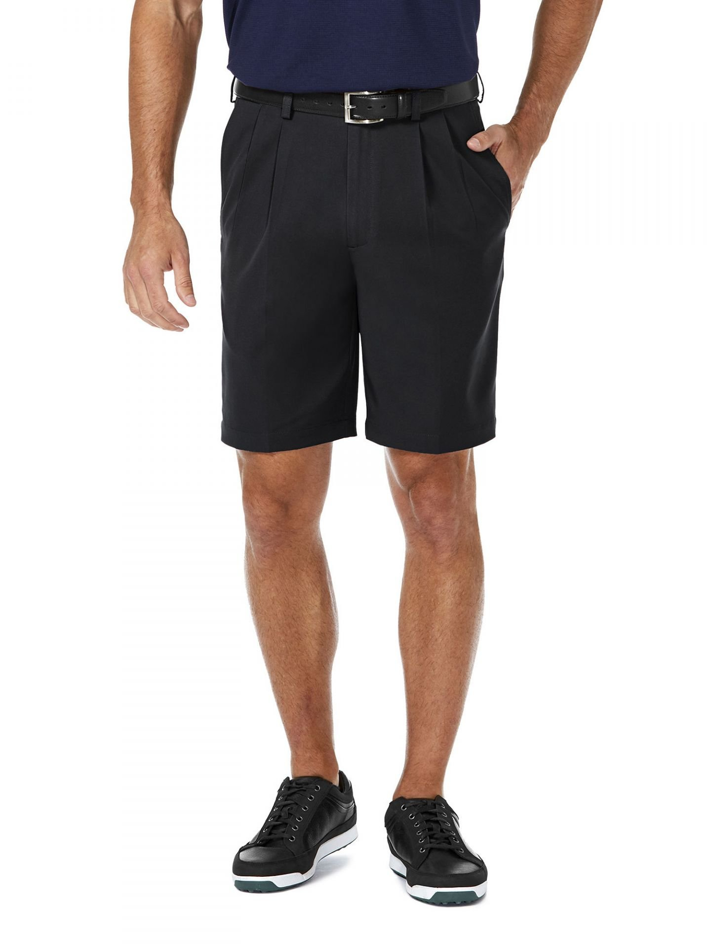Haggar Men's Cool 18 Pro Classic Fit Stretch Solid Pleat Front Short