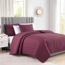 "Bourina Reversible 3-Piece Quilt Set - Microfiber Lightweight Comforter Oversized Bedspread Coverlet Set (Oversized King 108"" x 96"", Orange)"