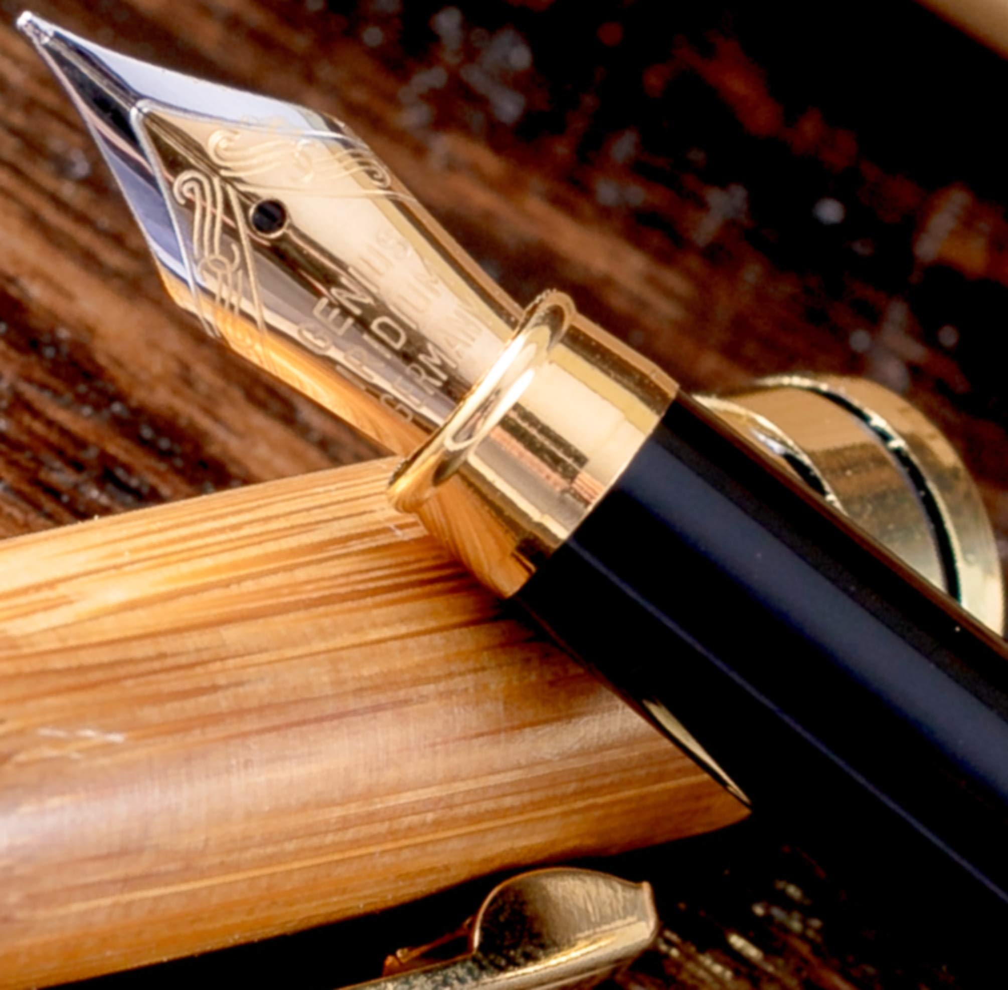 MONAGGIO Gorgeous Bamboo Fountain Pen made of Luxury Wood with Refillable Converter, Beautiful Wooden Case Set and Medium Nib Point. Works Smoothly with Disposable Cartridges. Fine Calligraphy Pens!