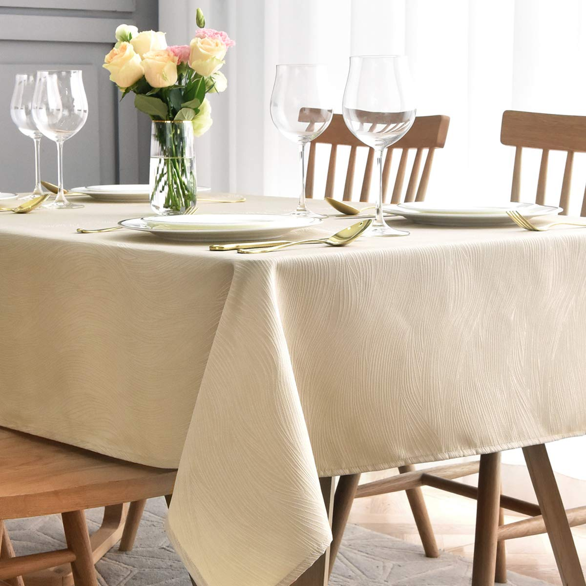 maxmill Jacquard Table Cloth Swirl Design Water Resistant Wrinkle Resistance Oil Proof Heavy Weight Soft Tablecloth for Kitchen Dinning Tabletop Decoration Oblong 60 x 140 Inch Beige