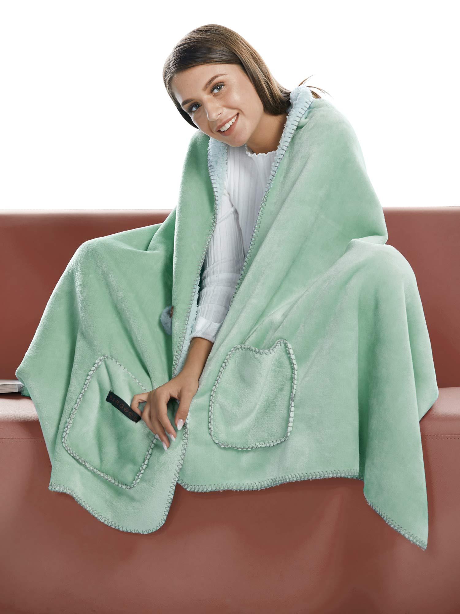 "BARGOOS Thick Wearable Blanket Poncho Warm Cozy Throw Wrap Shawls with Pockets Fleece Flannel Sherpa Plush Green Medium 67"" x 24"""
