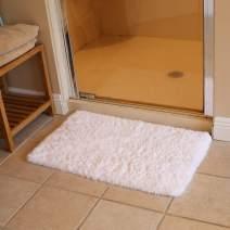 "KMAT Bath Mat Bathroom Rugs 20"" x 32"",Soft Shaggy White Microfiber Shower Rug, Machine Washable Throw Rugs Non Slip Absorbent Luxury Plush Floor Mats Runner Carpet for Bath Tub Shower Bathroom"
