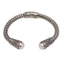 NOVICA White Cultured Freshwater Pearl .925 Silver Cuff Bracelet 'Dragon Beauty'