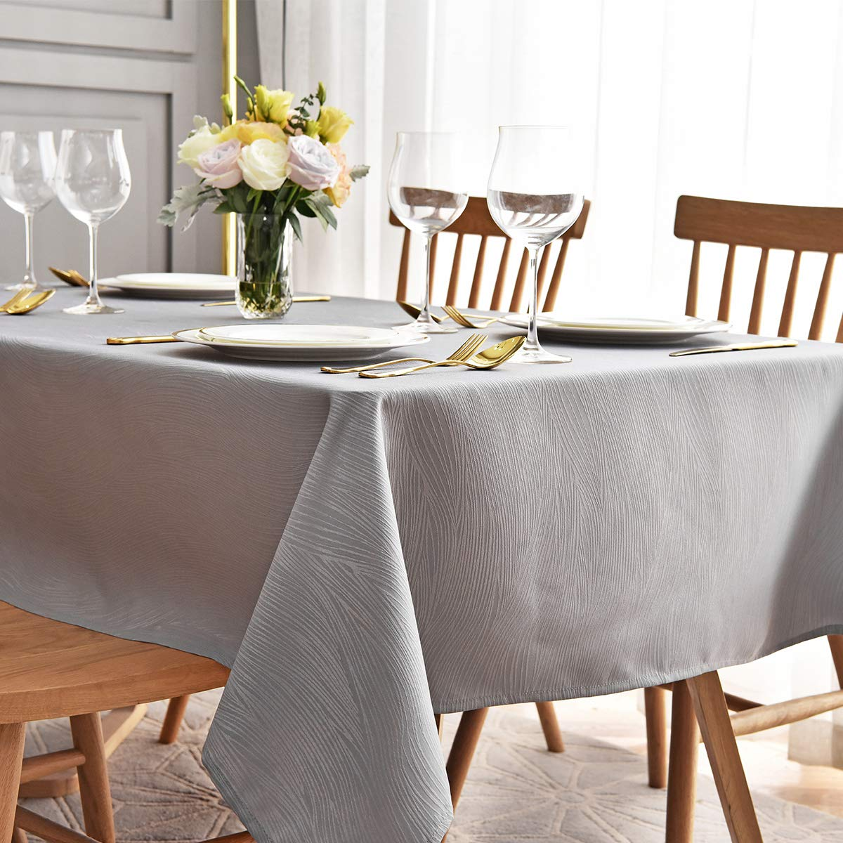 maxmill Jacquard Tablecloth Swirl Design Spillproof Wrinkle Free Oil Resistant Heavy Weight Soft Table Cloth Decorative Fabric Table Cover for Outdoor and Indoor Use Oblong 60 x 120 Inch Light Gray