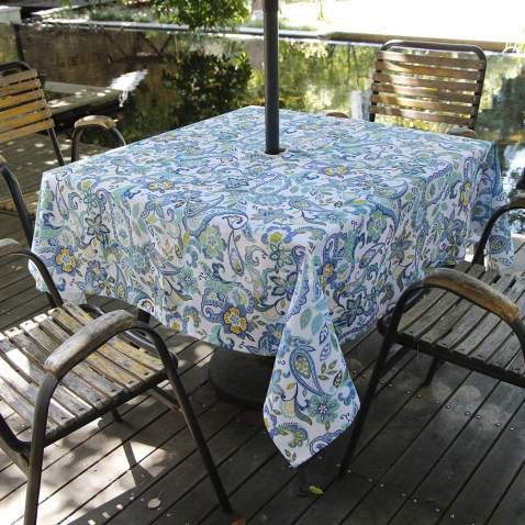 INFBLUE Tablecloth Waterproof Spillproof Polyester Fabric Table Cover with Zipper Umbrella Hole for Patio Garden 60 x 84 Inch, Zippered, Green Circle