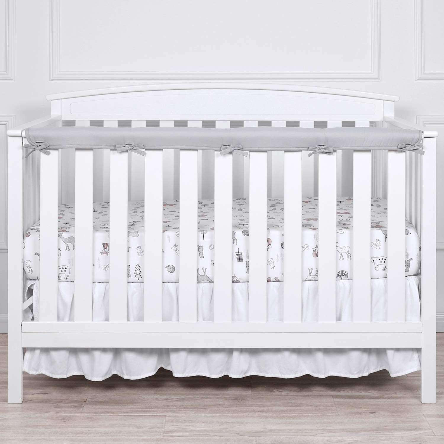 """TILLYOU 1-Pack Padded Baby Crib Rail Cover Protector Safe Teething Guard Wrap for Long Front Crib Rails(Measuring Up to 8"""" Around), 100% Silky Soft Microfiber Polyester, Reversible, White/Pale Gray"""