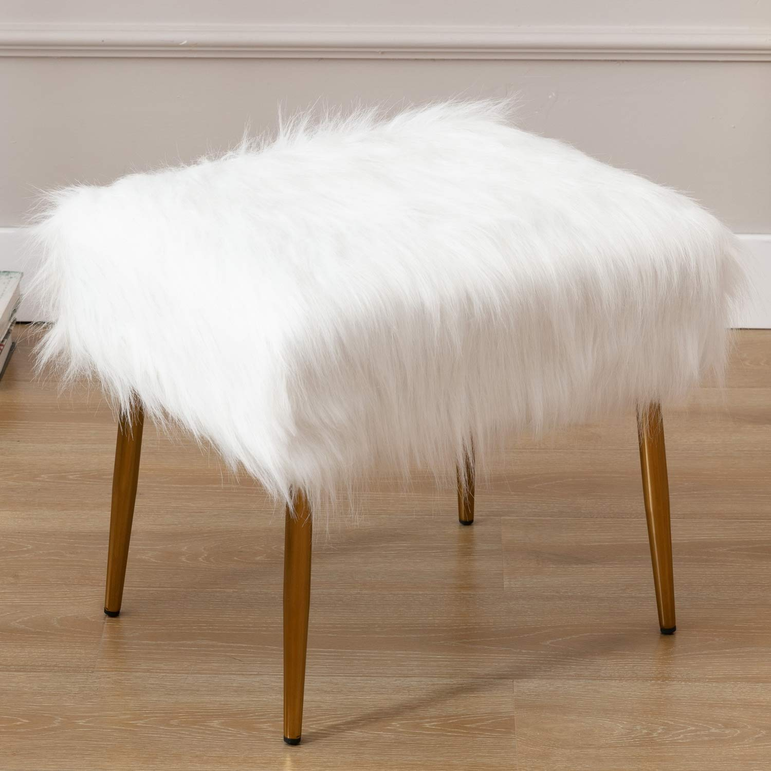 Wahson Shaggy Faux Fur Upholstered Square Accent Ottoman Footrest, Cute Fluffy Vanity Stool, for Living Room, Bedroom, Bathroom, Den, Kids Study Room, 20'' W X 16'' D, White