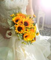 U'Artlines Artificial Sunflower Bridal Wedding Bouquet Romantic Handmade Holding Flower for Wedding Party Home Decoration (Bouquet A)