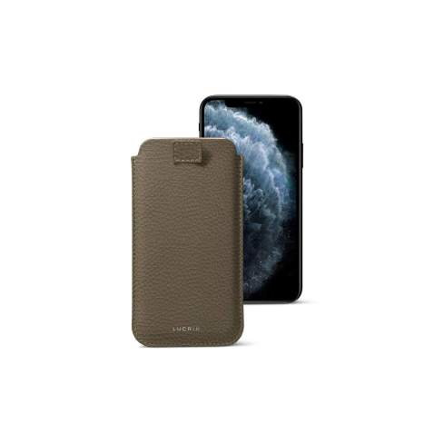 Lucrin - Pull-Up Strap Case Sleeve Cover Compatible with iPhone 11 Pro Max/XS Max/ 8 Plus and Wireless Charging - Dark Taupe - Granulated Leather
