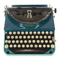 Galison Vintage Typewriter 750 Piece Shaped Jigsaw Puzzle – Fun Indoor Activity