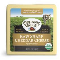 Organic Valley, Organic Raw Sharp Cheddar Cheese, 8 Ounces