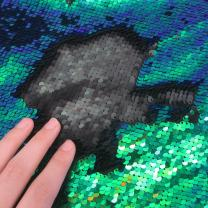 Sequins Sewing Fabric Mermaid Flip Up Sequin Reversible Sparkly Fabric 1 Yard (36'' x 47'') for Dress Clothing Making Home Decor (Mermaid Green & Black)