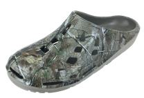 Realtree Men's Camouflage Clog Slip-on Shoe, Camo Print Clogs,Indoor Outdoor Clogs,Men's Size 8 to 13 / Women's Size 10 to 15