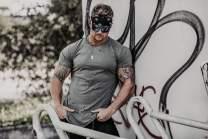 Size Up - Men's Distressed Crewneck T Shirt | Drop Curve Hem