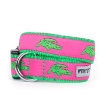 The Worthy Dog Green Alligators Pattern Designer Adjustable and Comfortable Nylon Webbing, Side Release Buckle Collar for Dogs - Fits Small, Medium and Large Dogs, Pink Color