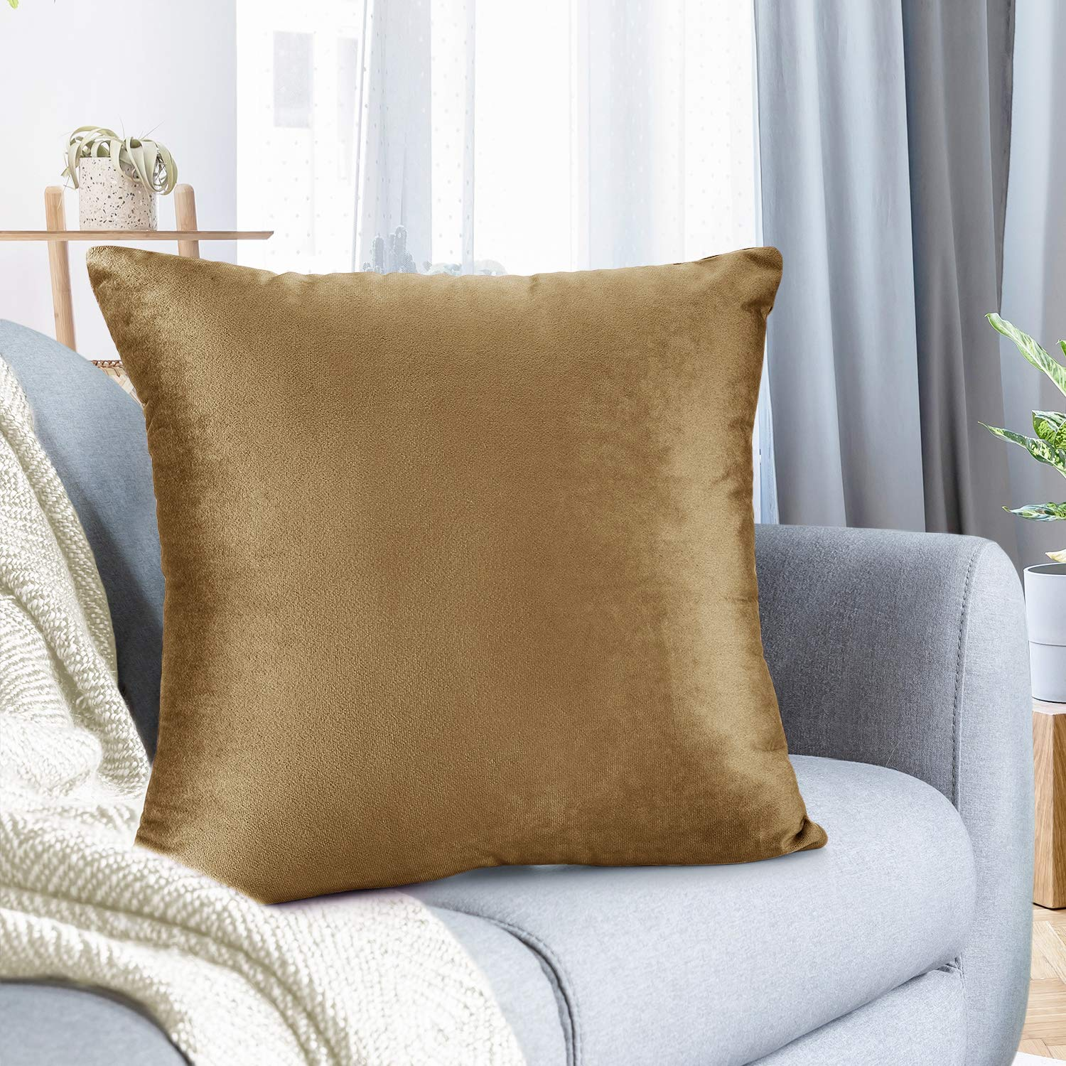"""Nestl Bedding Throw Pillow Cover 22"""" x 22"""" Soft Square Decorative Throw Pillow Covers Cozy Velvet Cushion Case for Sofa Couch Bedroom - Mocha Light Brown"""