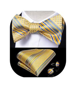 Silk bow tie with silk pocket square