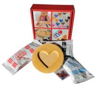 MeeMold Heart - Easy Craft Kit with Plaster Mold, Playdough and Beads