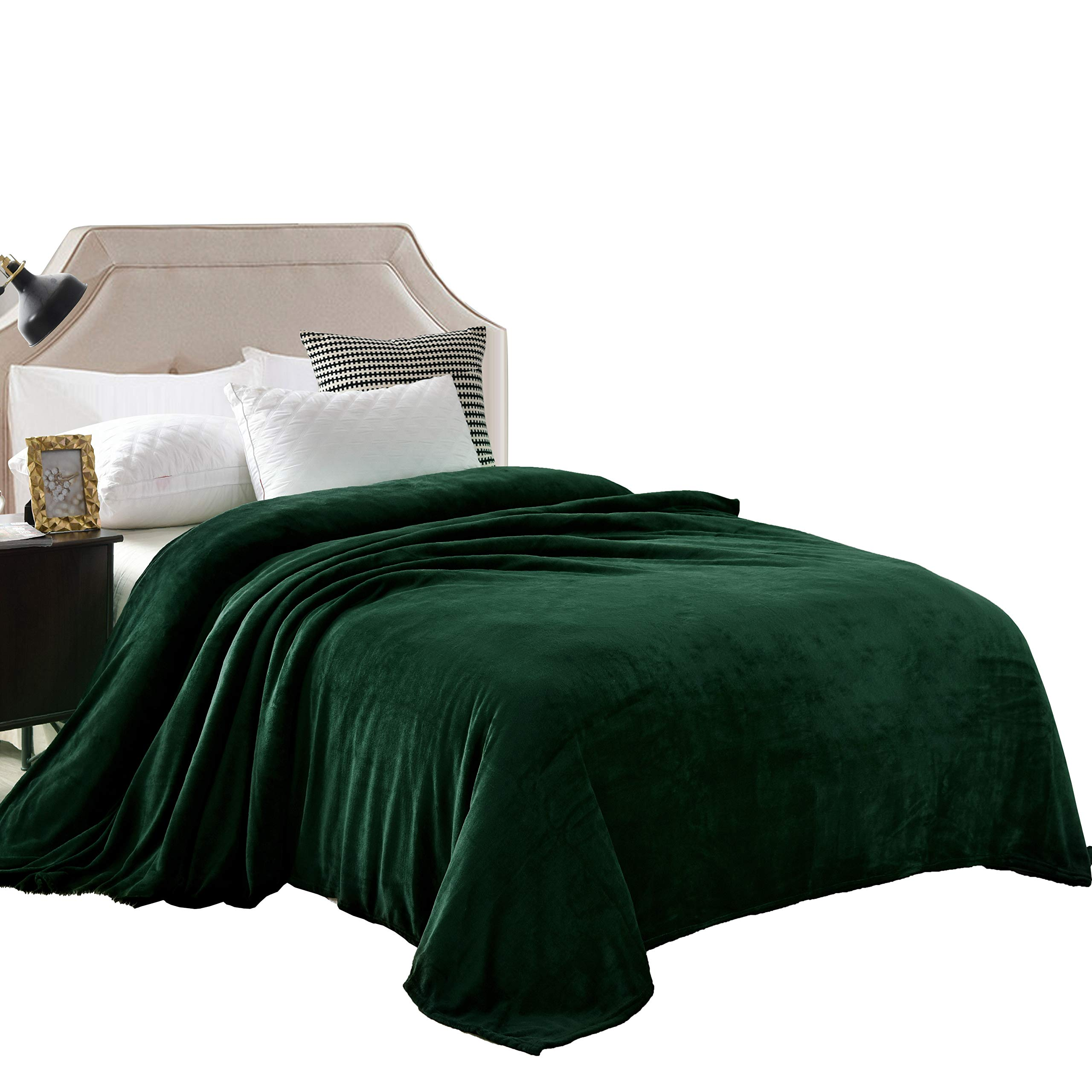 """Exclusivo Mezcla Luxury King Size Flannel Velvet Plush Solid Bed Blanket as Bedspread/Coverlet/Bed Cover (90"""" x 104"""", Forest Green) - Soft, Lightweight, Warm and Cozy"""