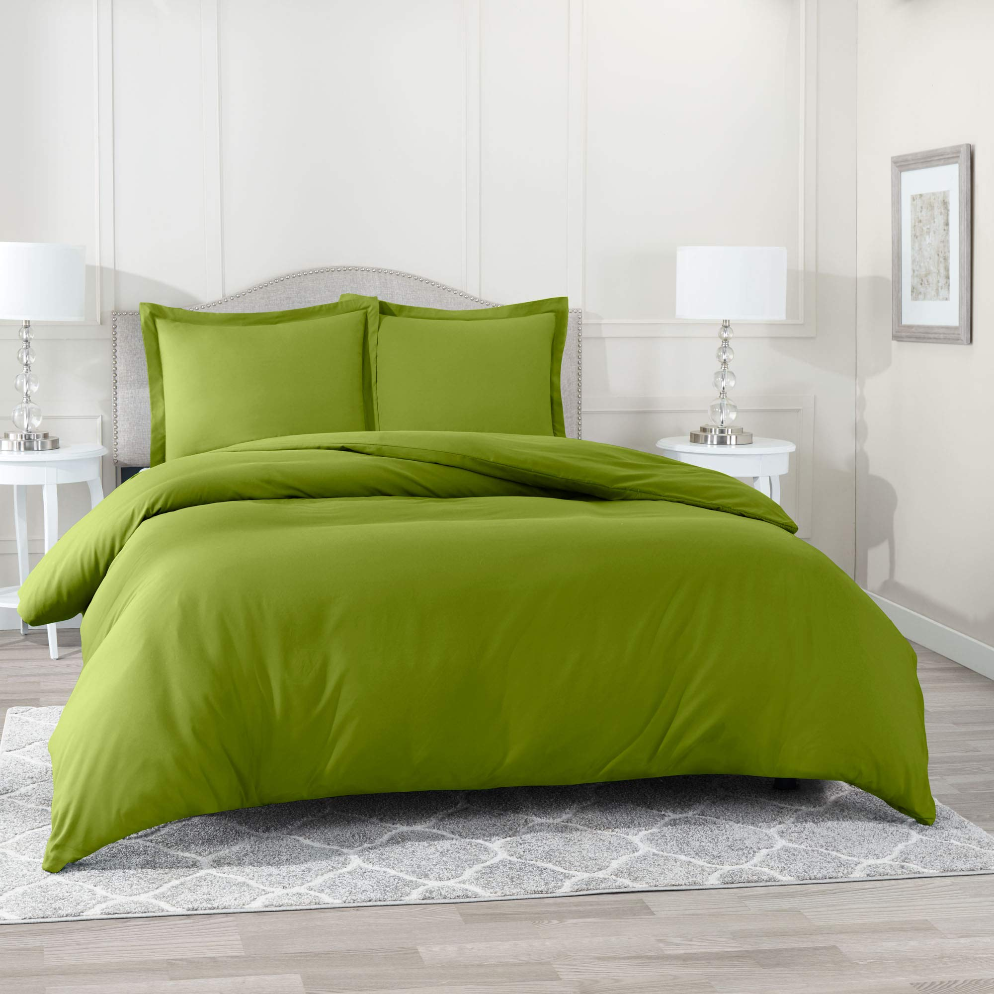 Nestl Bedding Duvet Cover with Fitted Sheet 4 Piece Set - Soft Double Brushed Microfiber Hotel Collection - Comforter Cover with Button Closure, Fitted Sheet, 2 Pillow Shams, King - Calla Green