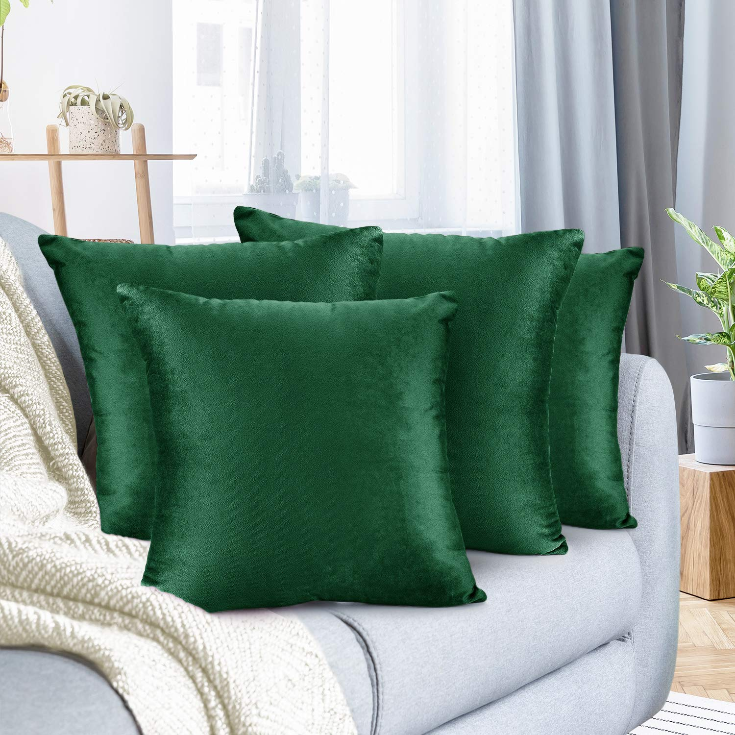 """Nestl Bedding Throw Pillow Cover 22"""" x 22"""" Soft Square Decorative Throw Pillow Covers Cozy Velvet Cushion Case for Sofa Couch Bedroom, Set of 4, Hunter Green"""