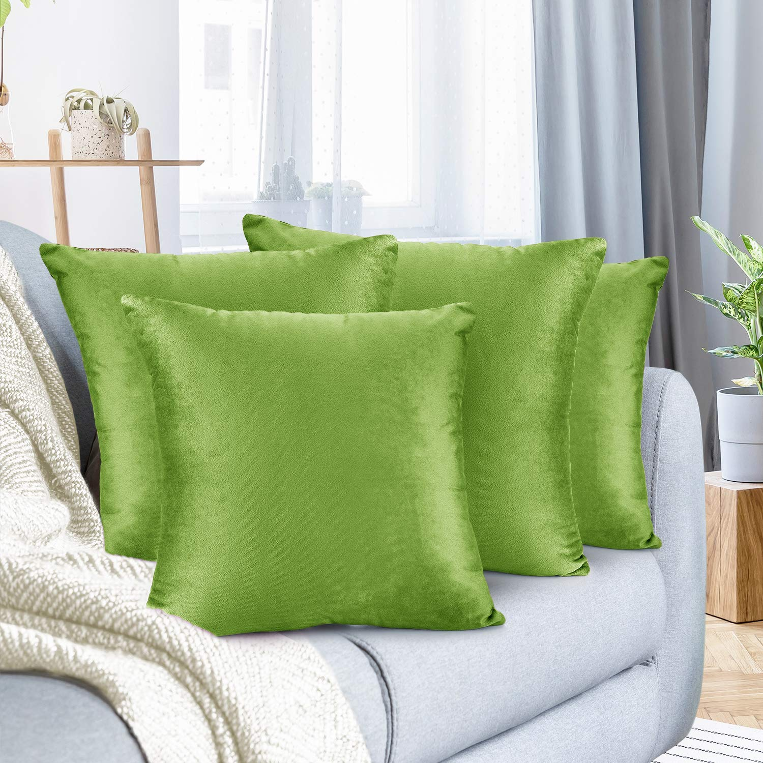 """Nestl Bedding Throw Pillow Cover 22"""" x 22"""" Soft Square Decorative Throw Pillow Covers Cozy Velvet Cushion Case for Sofa Couch Bedroom, Set of 4, Garden Green"""
