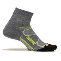 Feetures - Elite Max Cushion - Quarter - Athletic Running Socks for Men and Women