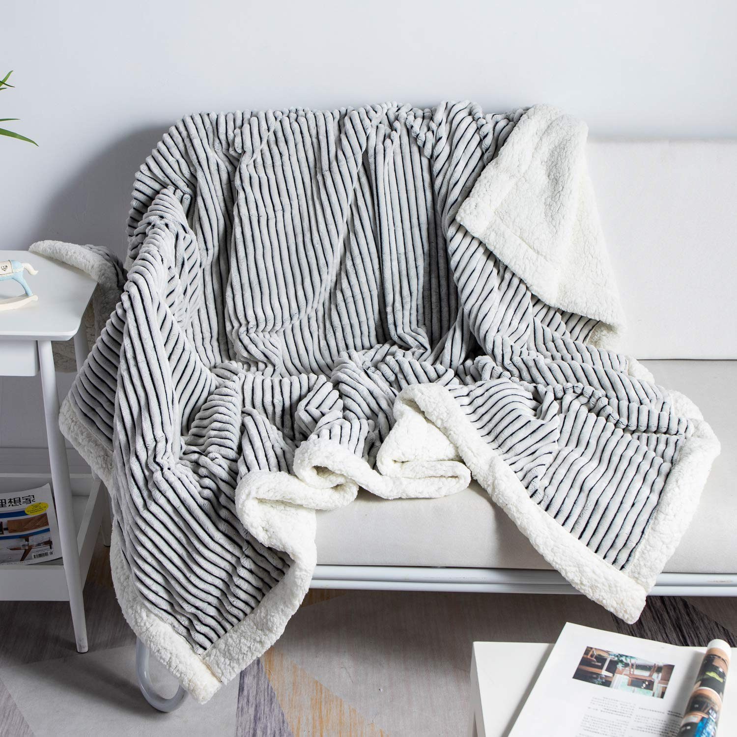 """DISSA Sherpa Fleece Blanket Throw Blanket Soft Blanket Plush Fluffy Blanket Warm Cozy with Black and White Strip Perfect Throw for All Seasons for Couch Bed Sofa (Black, 51"""" x63'')"""