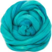 Wool Roving Hand Dyed. Super Soft BFL Combed Top Pre-Drafted for Easy Hand Spinning. Artisanal Craft Fiber ideal for Felting, Weaving, Wall Hangings and Embellishments. 1 Ounce. Turquoise
