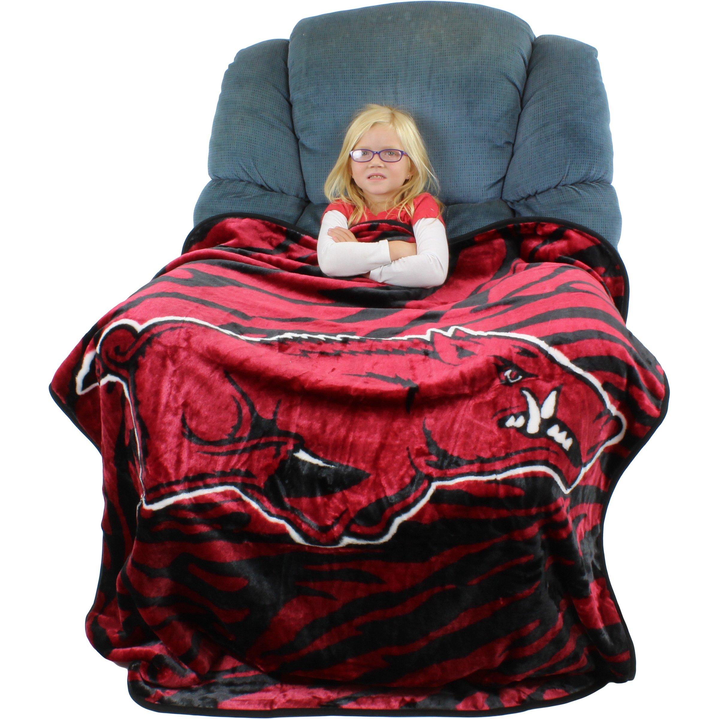 "College Covers Arkansas Razorbacks Raschel Throw Blanket, 50"" x 60"""