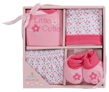 Big Oshi 4 Piece Layette Newborn Baby Gift Set for Girls - Great Baby Shower or Registry Gift Box to Welcome a New Arrival - Includes All The Essentials - Booties, Cap, Shirt and Shorts, Pink