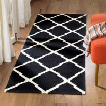 """Safavieh Dhurries Collection DHU634A Hand Woven Black and Ivory Premium Wool Runner (2'6"""" x 6')"""