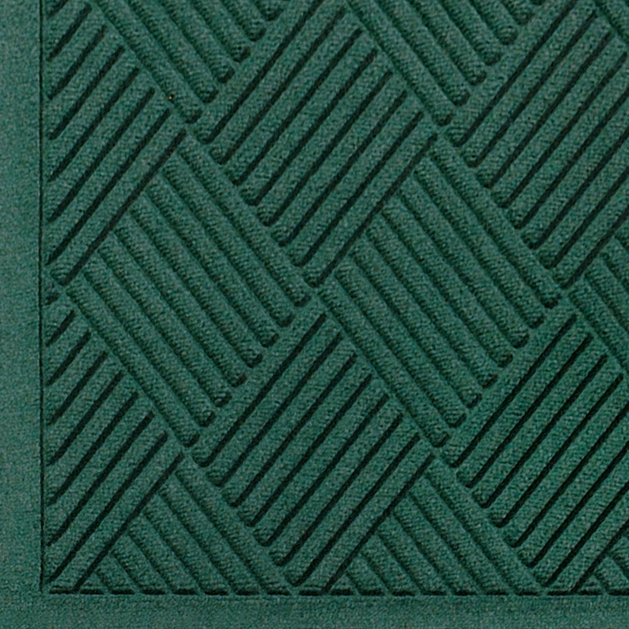 """M+A Matting 221 Waterhog Fashion Diamond Polypropylene Fiber Entrance Indoor/Outdoor Floor Mat, SBR Rubber Backing, 4' Length x 3' Width, 3/8"""" Thick, Evergreen"""