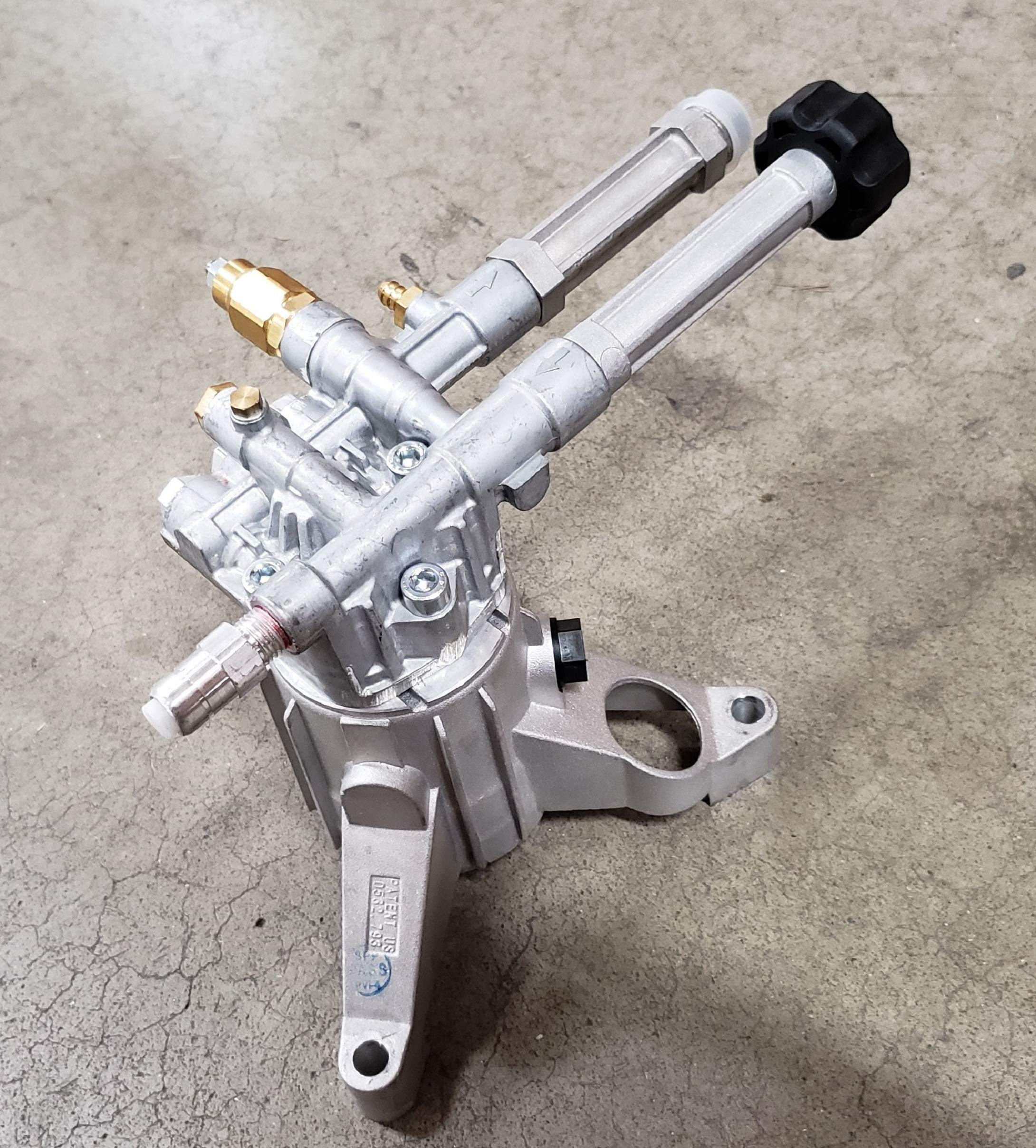 AR ANNOVI REVERBERI RMW22G24-EZ-SX, Triplex Left Handed, Easy Start, 2400 Psi, 2Gpm Plunger Vertical Pumps, Aluminum