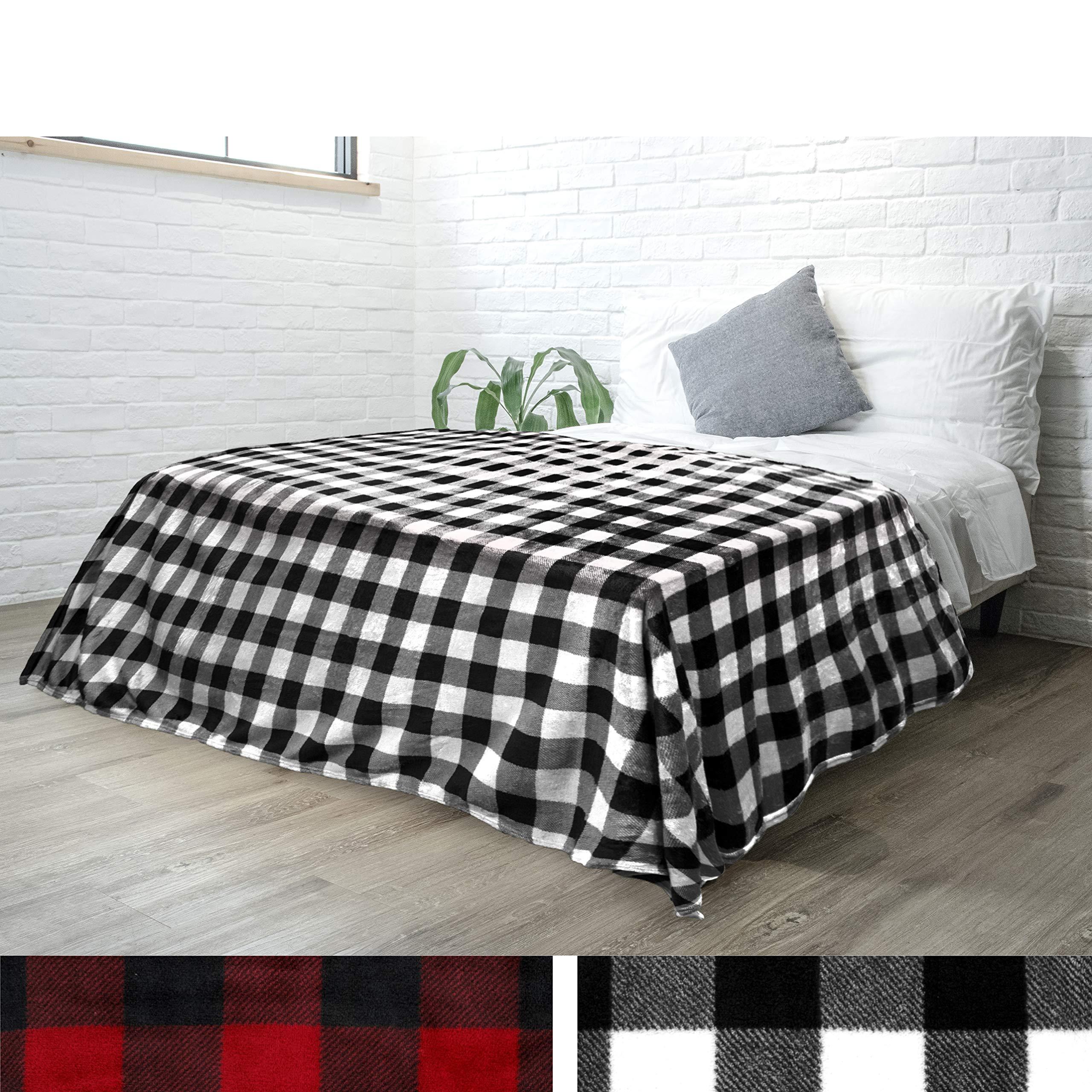 PAVILIA Flannel Fleece Buffalo Checker Blanket for Queen Bed   Super Soft Velvet Plaid Pattern Checkered Decorative Throw   Warm Cozy Lightweight Microfiber   90 x 90 Inches Plaid White/Black