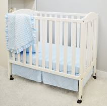 American Baby Company Heavenly Soft Minky Dot 3-Piece Mini/Portable Crib Bedding Set, Blue, for Boys and Girls