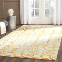 Safavieh Dip Dye Collection DDY711C Handmade Moroccan Geometric Watercolor Ivory and Gold Wool Area Rug (4' x 6')
