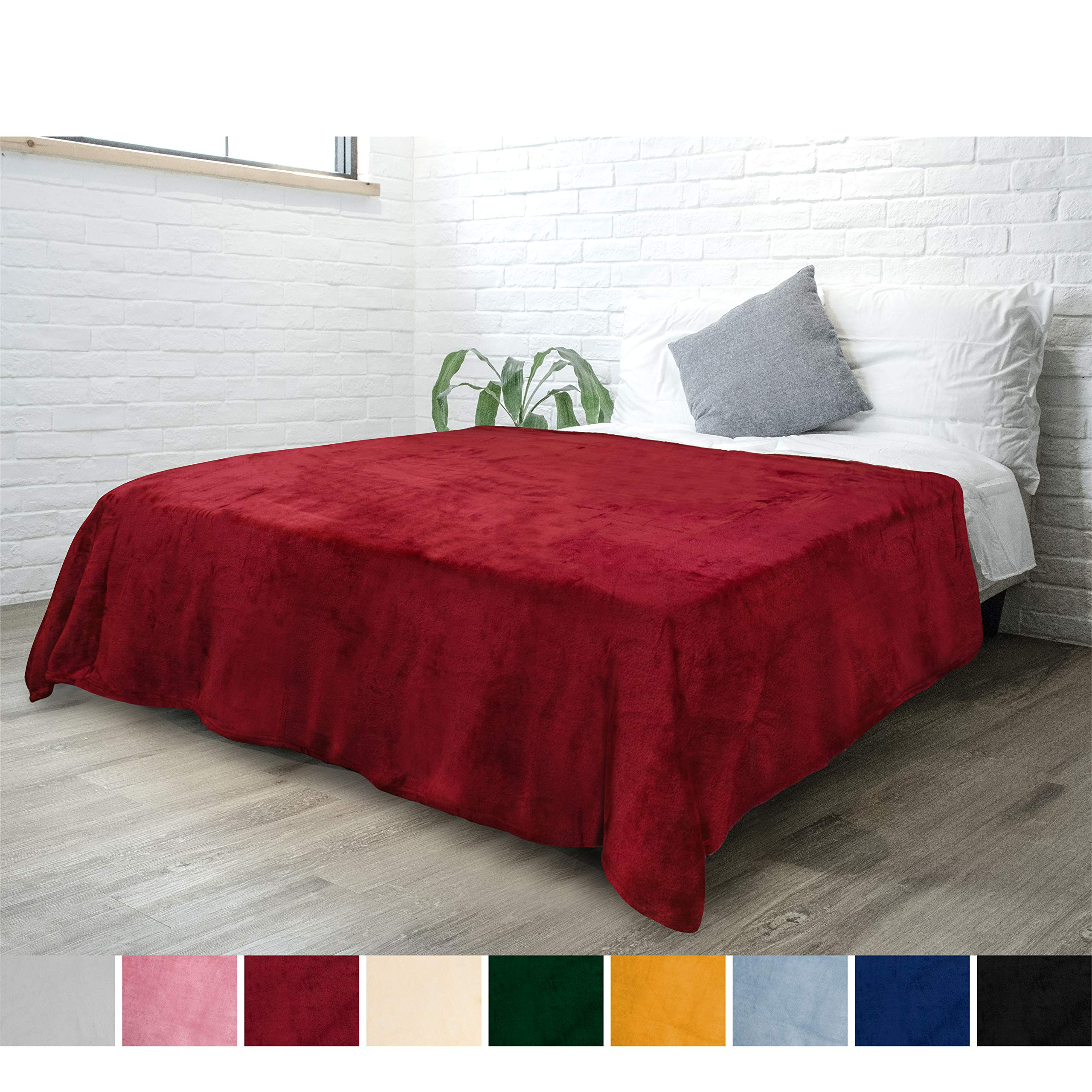 PAVILIA Fleece Blanket Throw Twin Size   Super Soft, Plush, Luxury Flannel Throw   Lightweight Microfiber Blanket for Sofa Couch Bed (Wine, 60x80 inches)