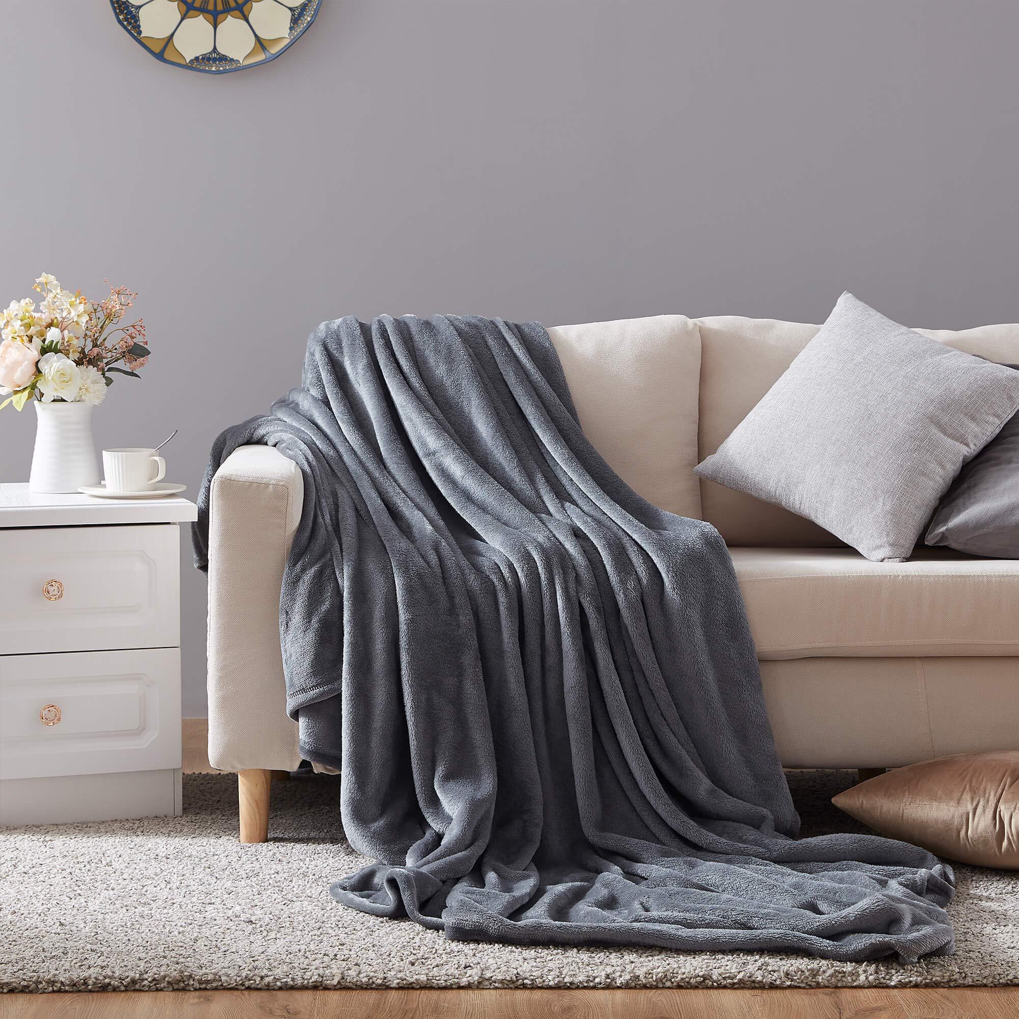 Hboemde Fleece Blanket Throw Size Dark Grey Soft Cozy Lightweight Bed Blanket Microfiber Plush Flannel Blanket for Couch,50x60in