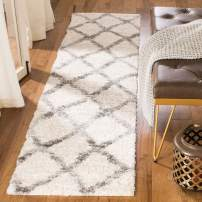 Safavieh Berber Shag Collection BER215A Runner, 2' x 6', Cream/Grey