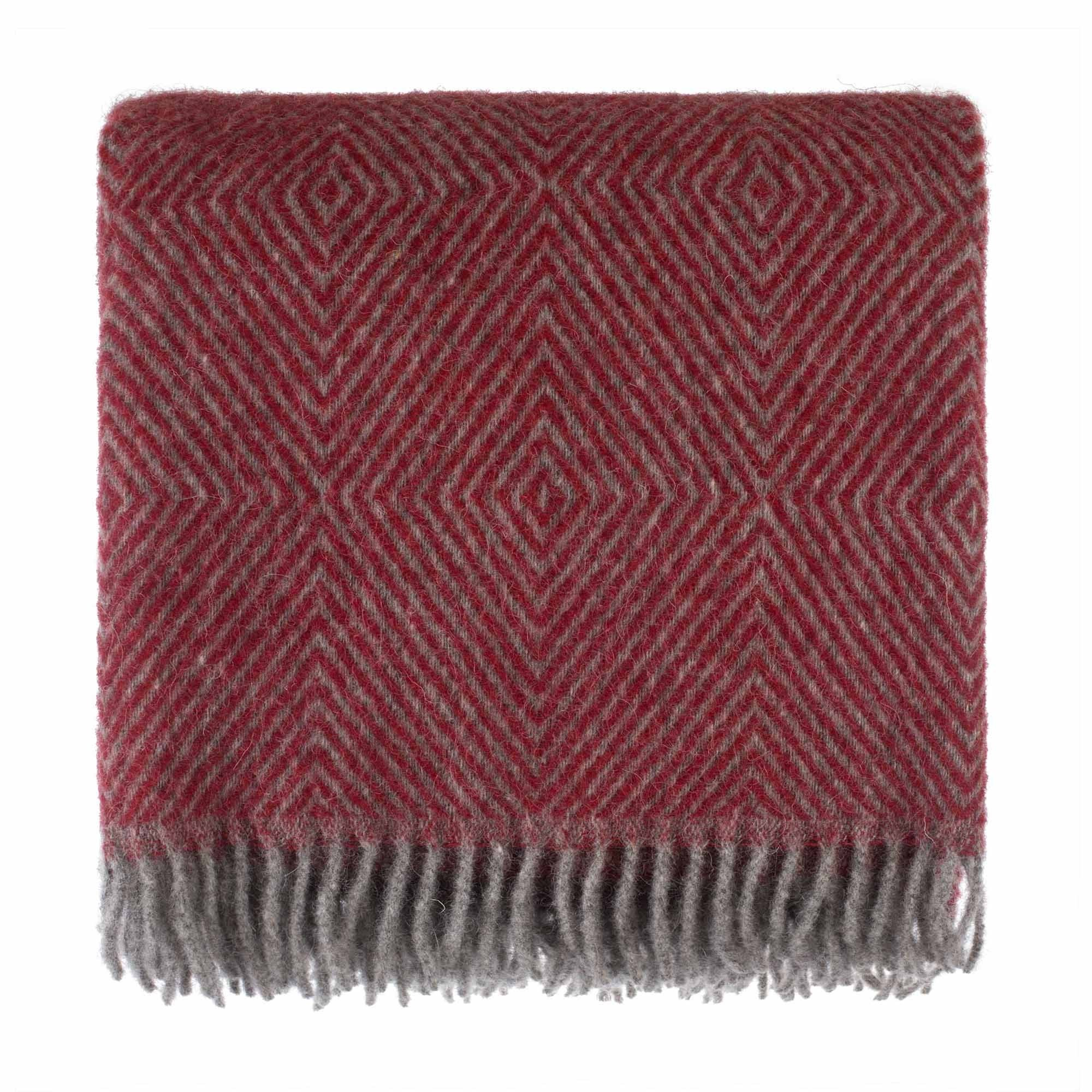 URBANARA 100% Pure Scandinavian Wool Throw Gotland 55x87 Red/Grey with Fringe — Virgin Wool Blanket with Decorative Diamond Weave Design — Perfect for Your Couch, Sofa, Bedroom, Twin Size Bed