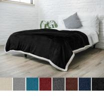 PAVILIA Premium Sherpa Fleece Blanket Twin Size | Soft, Plush, Fuzzy Black Throw | Reversible Warm Cozy Microfiber Solid Bed Blanket (Black, 60x80 Inches)