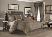 Five Queens Court Warwick 4-Piece Comforter Set, West Coast King Size