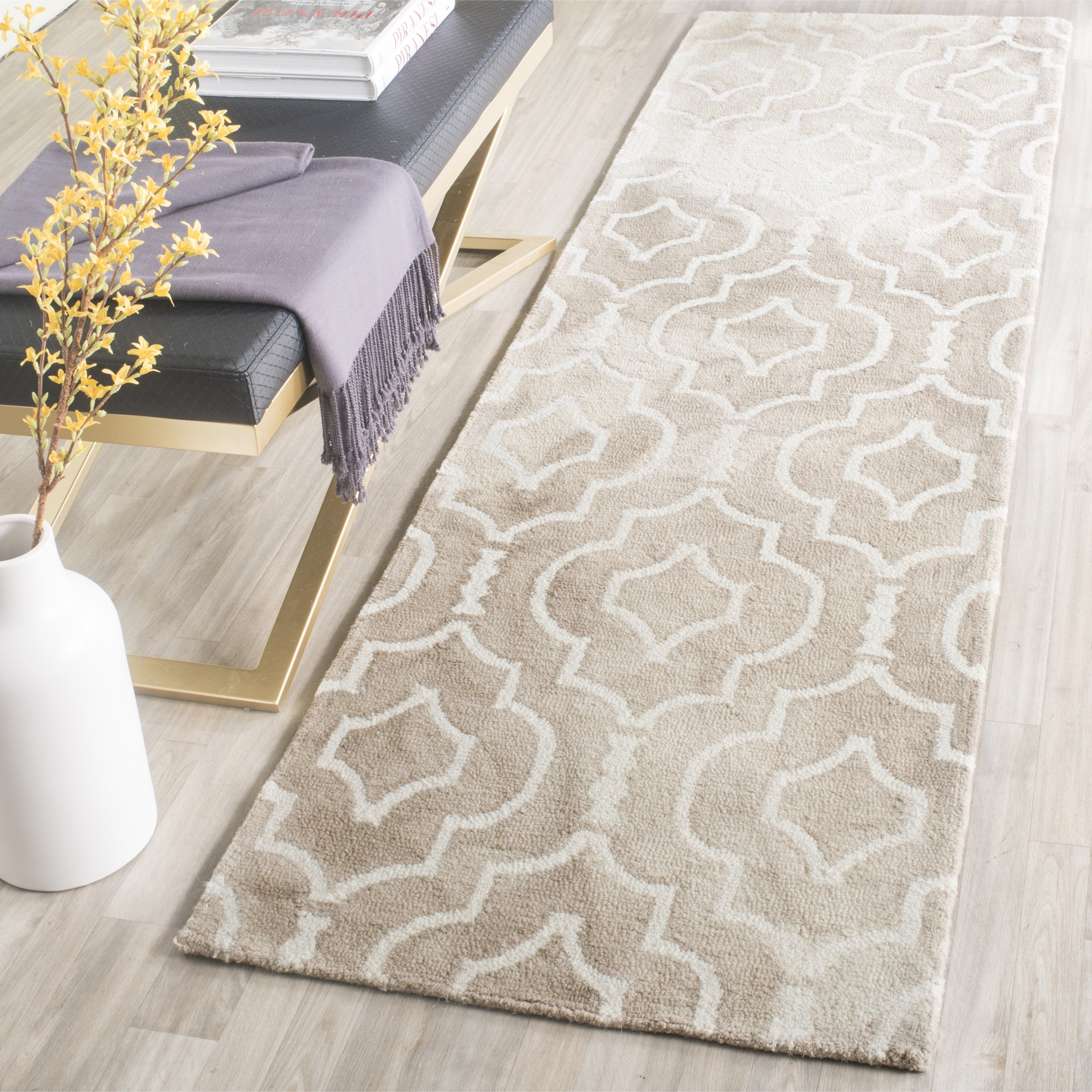 """Safavieh Dip Dye Collection DDY538G Handmade Geometric Moroccan Watercolor Beige and Ivory Wool Runner (2'3"""" x 8')"""
