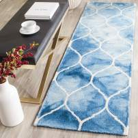 """Safavieh Dip Dye Collection DDY685G Handmade Moroccan Ogee Geometric Watercolor Blue and Ivory Wool Runner (2'3"""" x 6')"""